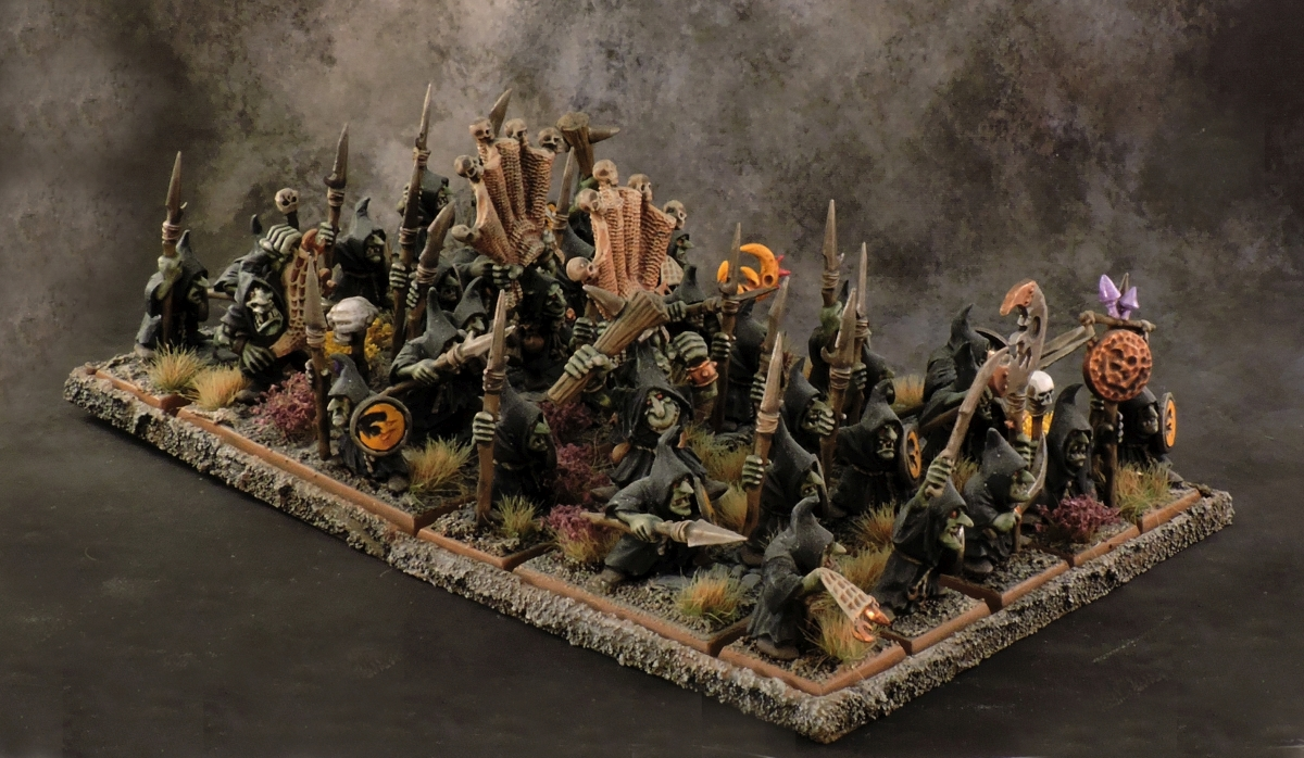 WFB Orcs - Night Goblins 2 Side